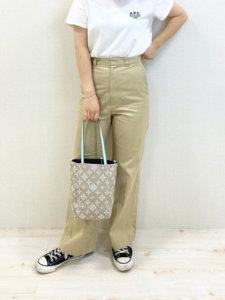 YUKAのTシャツ/カットソー「T-SHIRT DENISE 20PC」を使ったコーディネート