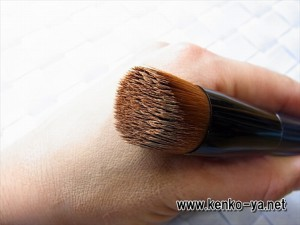 陶器肌 メーク やり方 リキッド