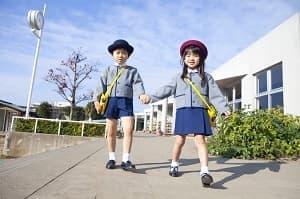 付属幼稚園 カトリック系 願書提出 ファッション