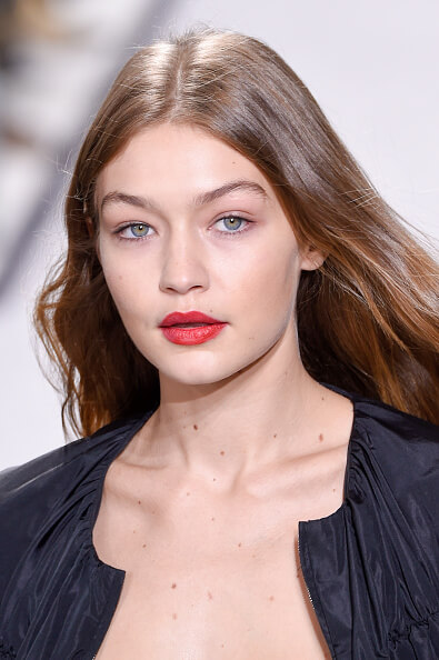 PARIS, FRANCE - OCTOBER 03: Model Gigi Hadid, beauty runway detail, walks the runway during the Gambattista Valli show as part of the Paris Fashion Week Womenswear Spring/Summer 2017 on October 3, 2016 in Paris, France. (Photo by Peter White/Getty Images)
