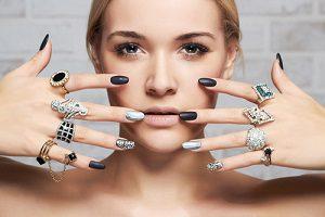 黒 シンプル 爪 デザイン