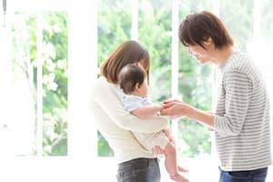 家族お揃い 白シャツ 1歳 誕生日 コーディネート