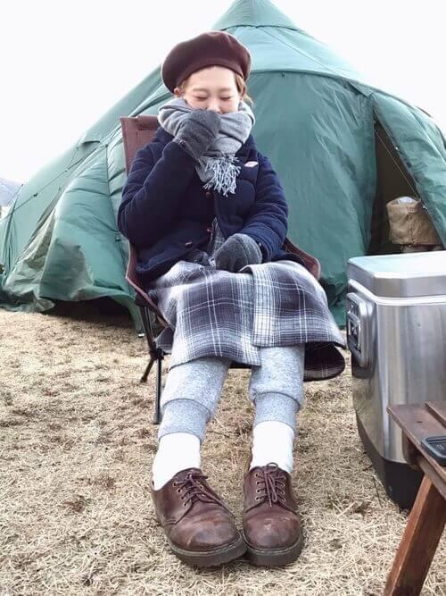 キャンプ 冬 コーデ 服装 ファッション 30代