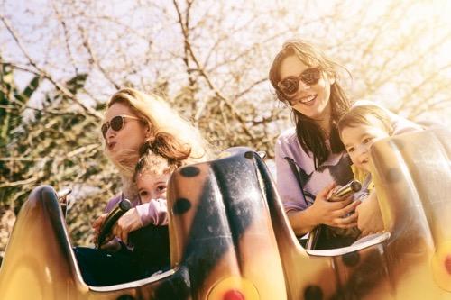 遊園地 ママコーデ テーマパーク ファッション 30代 40代 ママ友