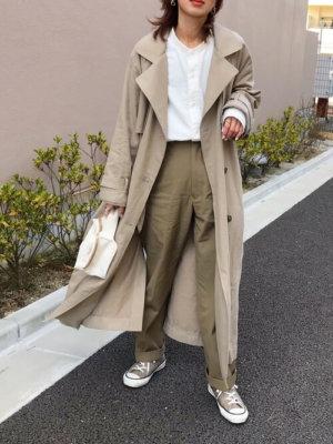 40代 白シャツ コーデ 無印良品