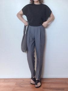 m♡ao*のパンツ「美シルエット センタープレスフレアパンツ」を使ったコーディネート