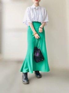 グリーン スカート 女性