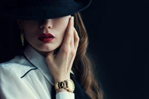 40代 痛い ファッション 主査の美しい女性 上品な女性