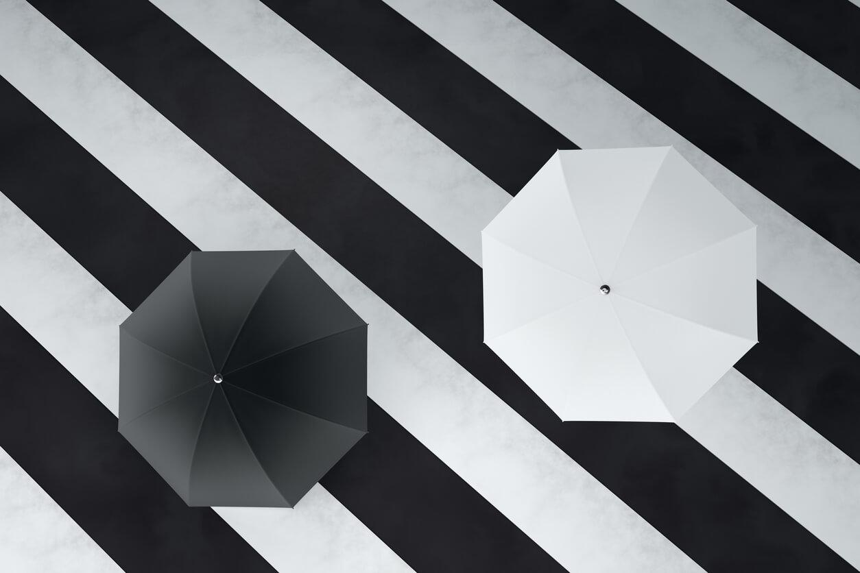 完全遮光 日傘 白 黒