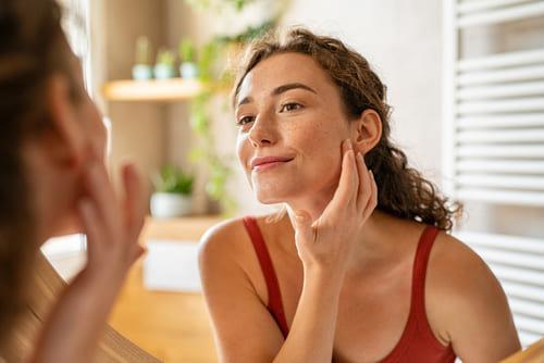 日焼け止めは荒れる?敏感肌でも使いやすいおすすめ商品は?