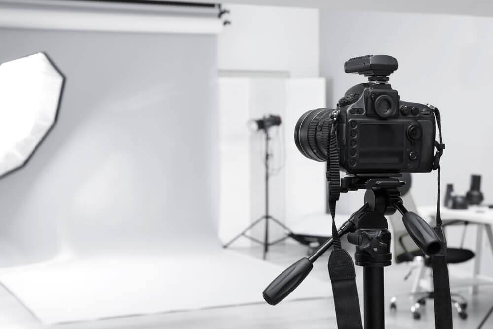 スタジオ撮影 写真館 カメラマン 一眼レフ